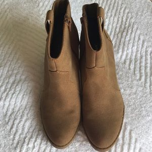 American Eagle Ankle Boots Tan Zip 3 Inch Heel